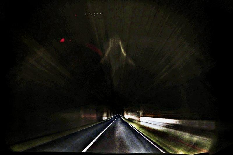 Die Lösung für schlechtes Wetter: Autotouren bei Nacht!